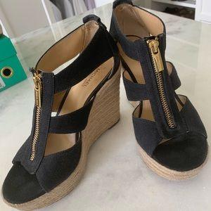 GUC Michelle Kors black espadrilles wedges size 7